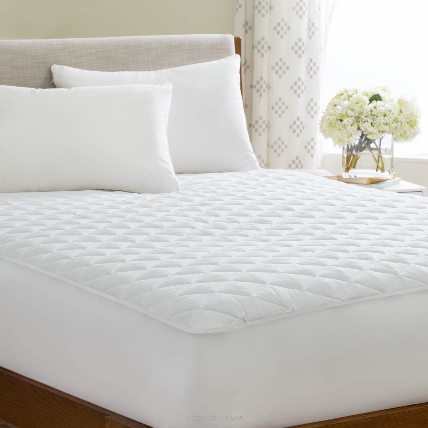 Linenspa Waterproof Quilted Mattress Pad